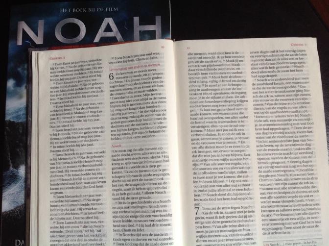 Noah het boek bij de film